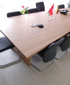Posėdžių kambario baldai