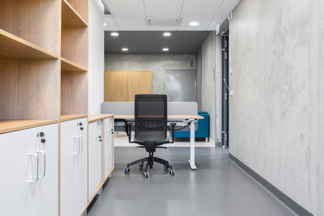 Biuro kėdė BONA    Ergoniminė biuro kėdės    Kėdės akcija ispardavimas