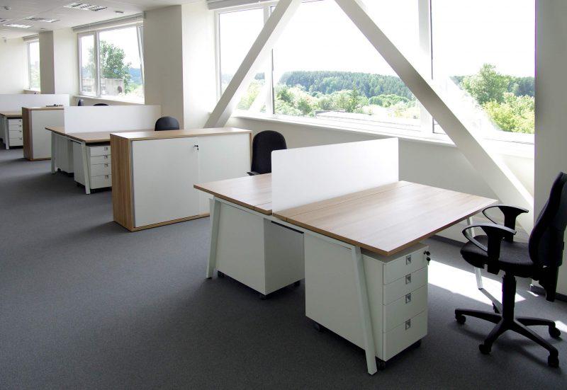 Darbo vietos baldai